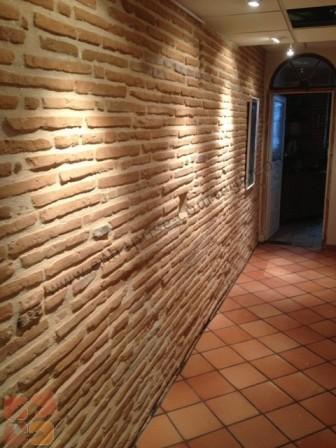 Entreprise courr ge ma onnerie fa ade r novation carrelage for Renovation mur ancien interieur